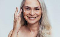 Her er den bedste behandling til moden hud – sig farvel til rynker!